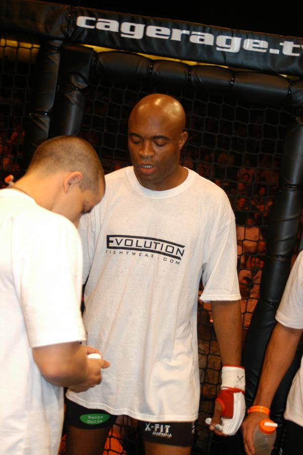 anderson-silva-evolution-fightwear